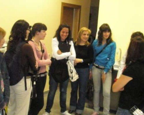 ESTUDIANTES DE LA UNIVERSIDAD UCH-CEU VISITAN ANALCLINIC